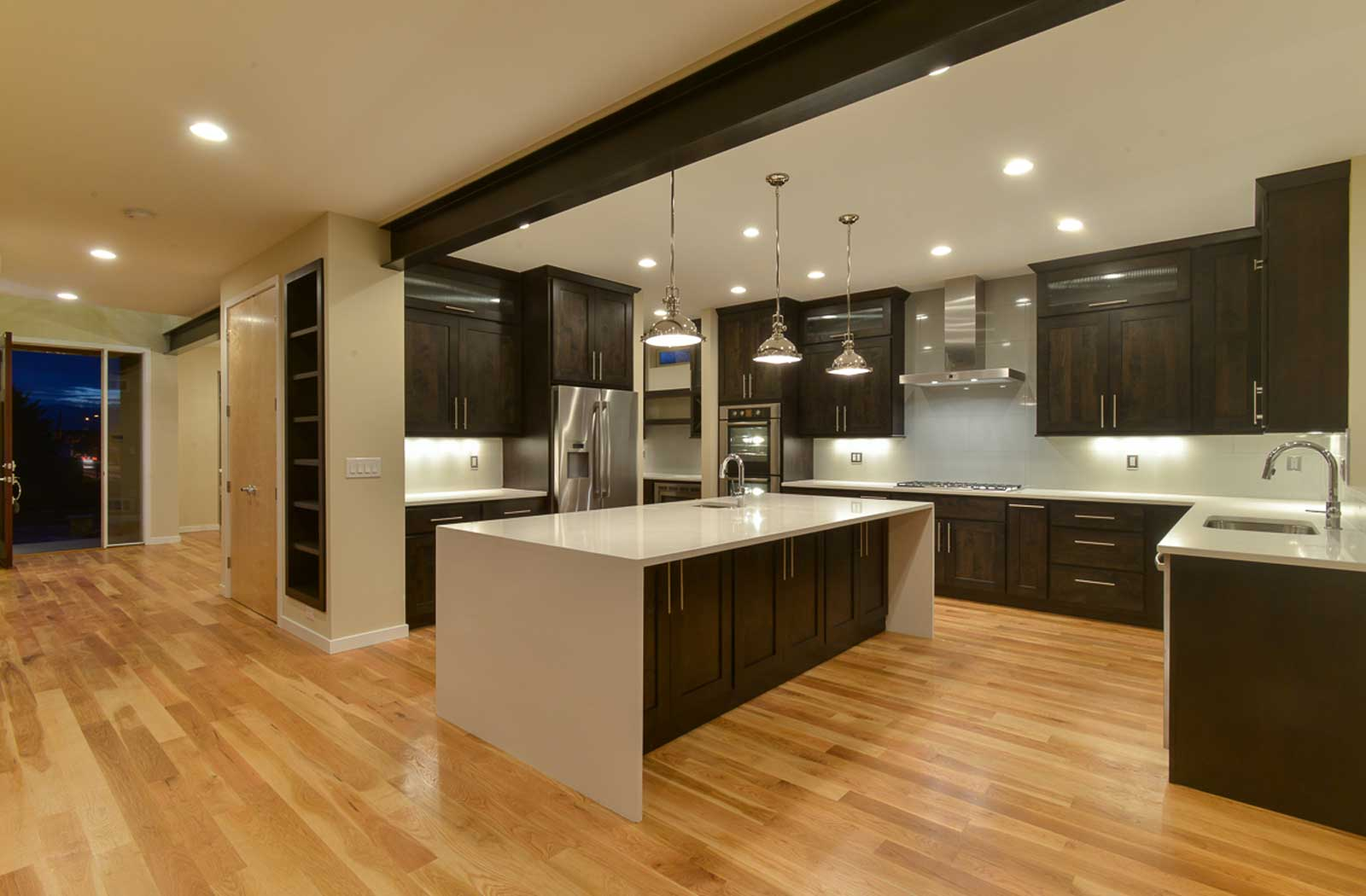 Toronto Kitchen, Bathroom & Basement Renovations, Custom